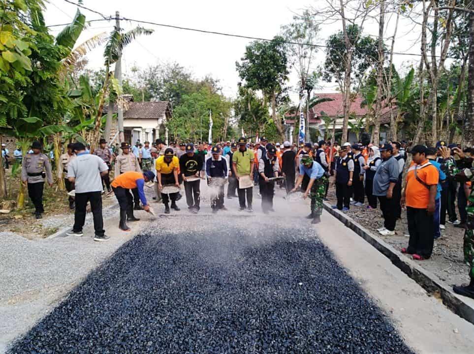 Gotong royong merupakan kunci kekuatan bangsa Indonesia