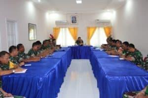 Jam Komandan Menumbuhkan Disiplin Prajurit