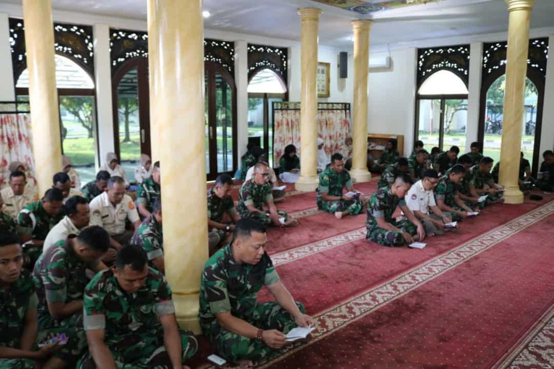 Kegiatan Bintal Kosekhanudnas III Yasinan dan Doa Bersama