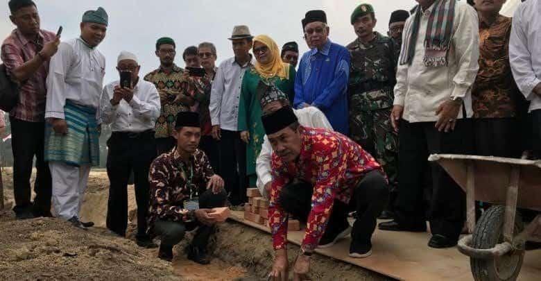 Kapen RSN Hadiri Peletakan Batu Pertama Pembangunan Universitas Yatim Asean