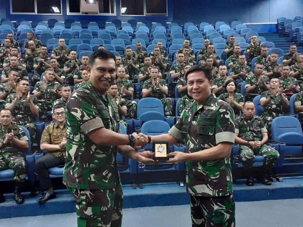 Dansekkau Pimpim Kuliah Kerja Pasis Sekkau A-106 di Unhan dan PMPP TNI