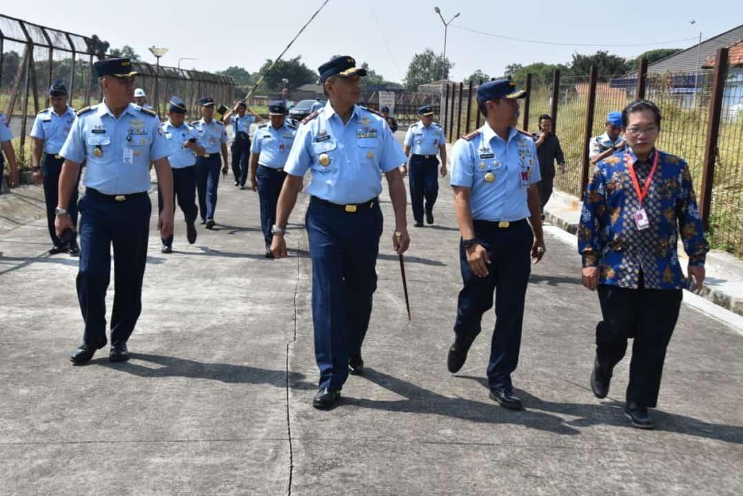 Kunjungan Kerja Pangkoopsau I Ke Lanud Husein Sastranegaraj