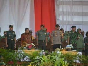 Komandan Lanud Iskandar Hadiri Upacara Penutupan TMMD
