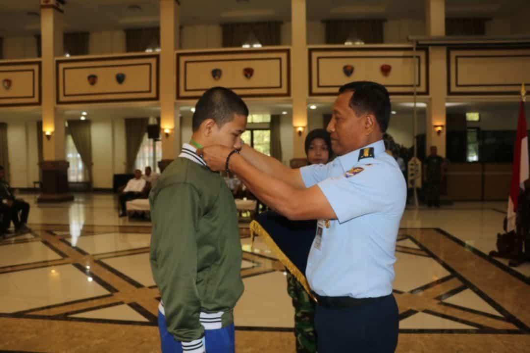 Gubernur Aau Buka Pelatihan Kepemimpinan Dan Pembinaan Karakter Bela Negara