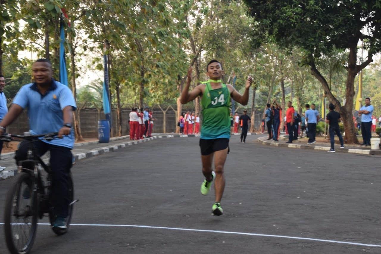 Prajurit Paskhas Raih Juara 1 dan 2 Lomba Lari 5K