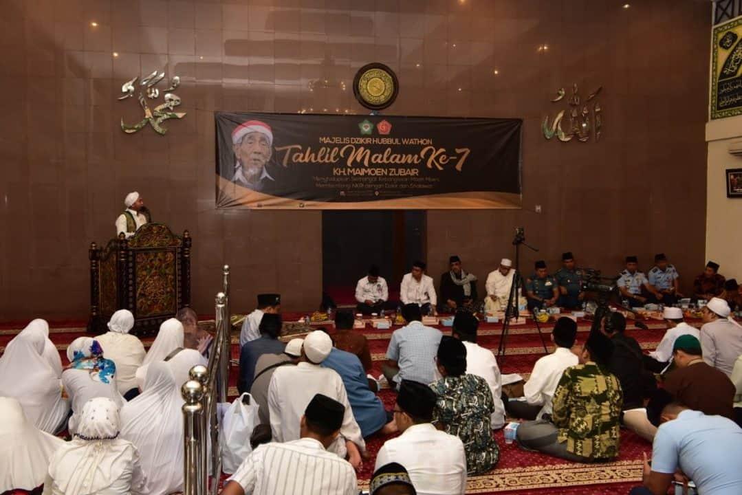 Majelis Dzikir Hubbul Wathon Gelar Tahlilan 7 Hari Wafatnya KH. Maimoen Zubair di Lanud Halim Perdanakusuma