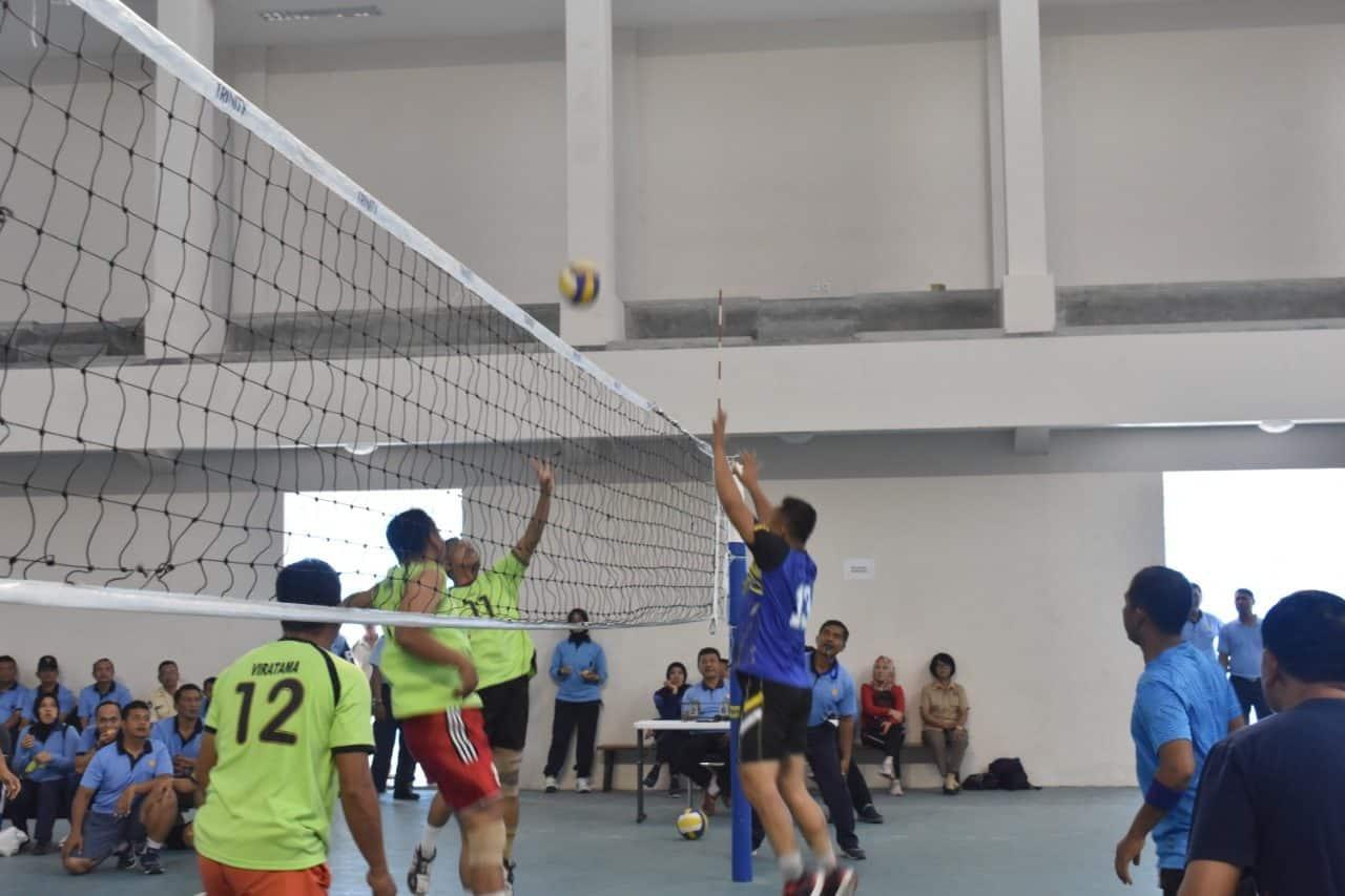 Tim Gabungan Mako AAU Dan Wingtar Kembali Merajai Pertandingan Bola Voli Putra Dan Putri