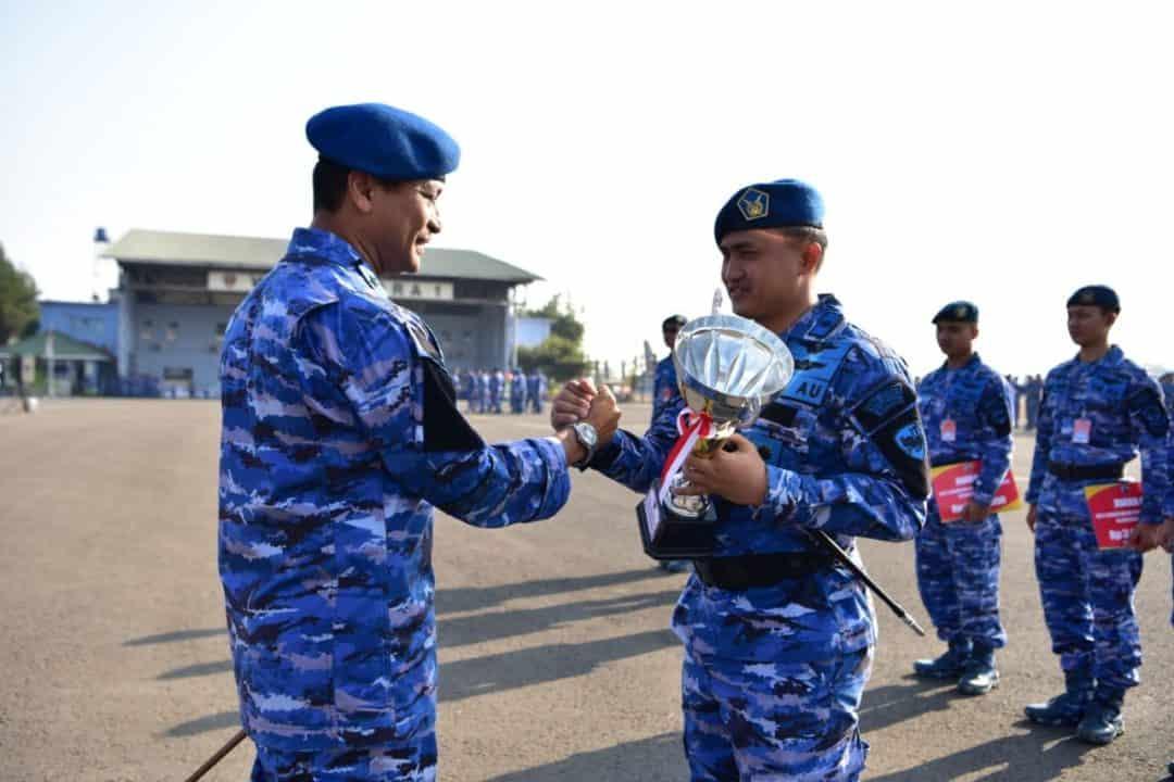 Skadron Udara 17 Raih Juara Umum Pada Perlombaan Antar Satuan