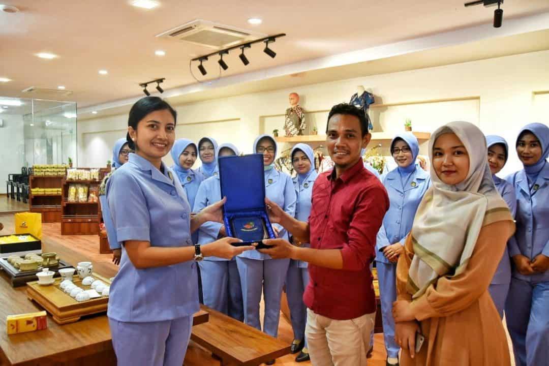 Kunjungan PIA Ardhya Garini Cabang 13/Daerah I Lanud Raja Haji Fisabilillah ke PT. Panca Rasa Pratama
