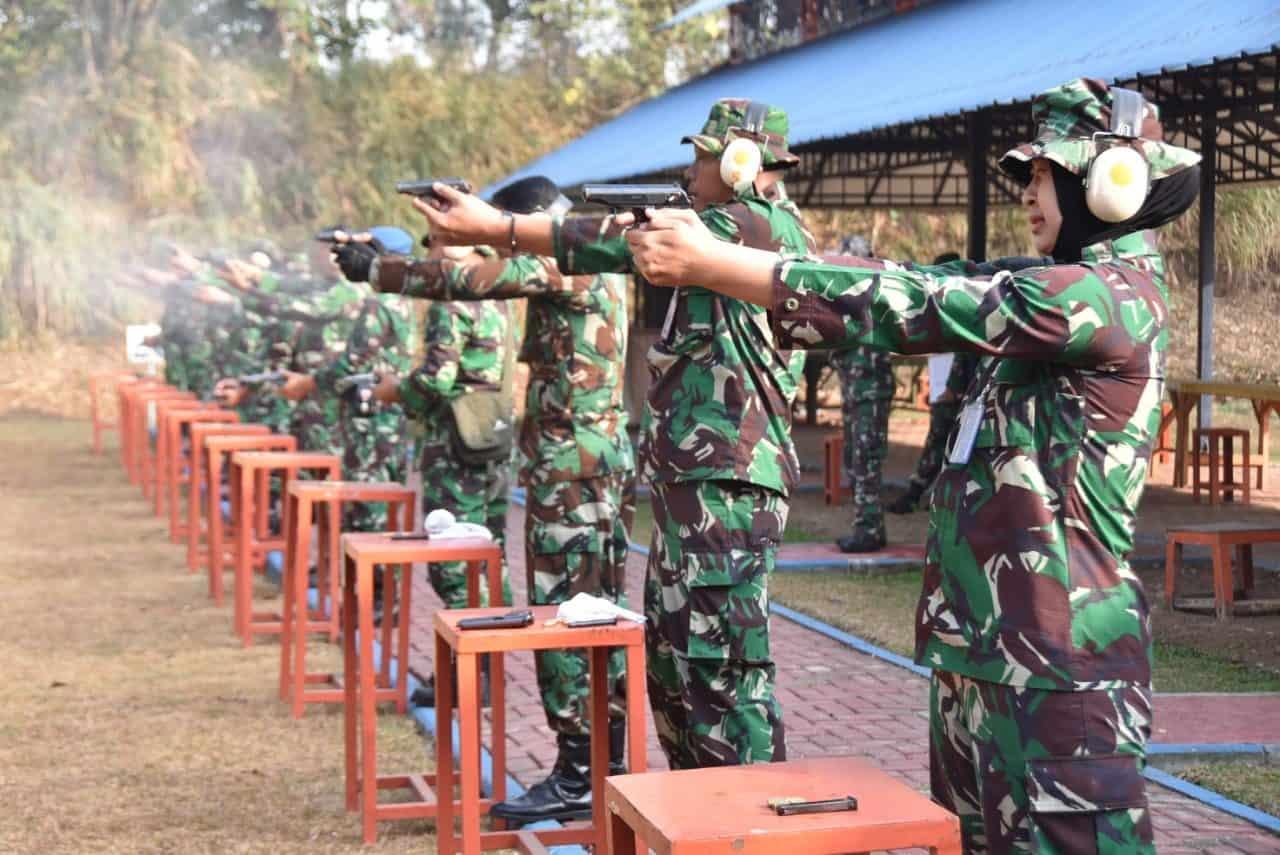 Asah kemampuan, Lanud Husein S Adakan Latihan Menembak