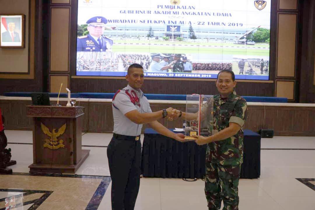 Wiradatu Setukpa Angkatan Ke-22 Lanud Adisumarmo kunjungi AAU