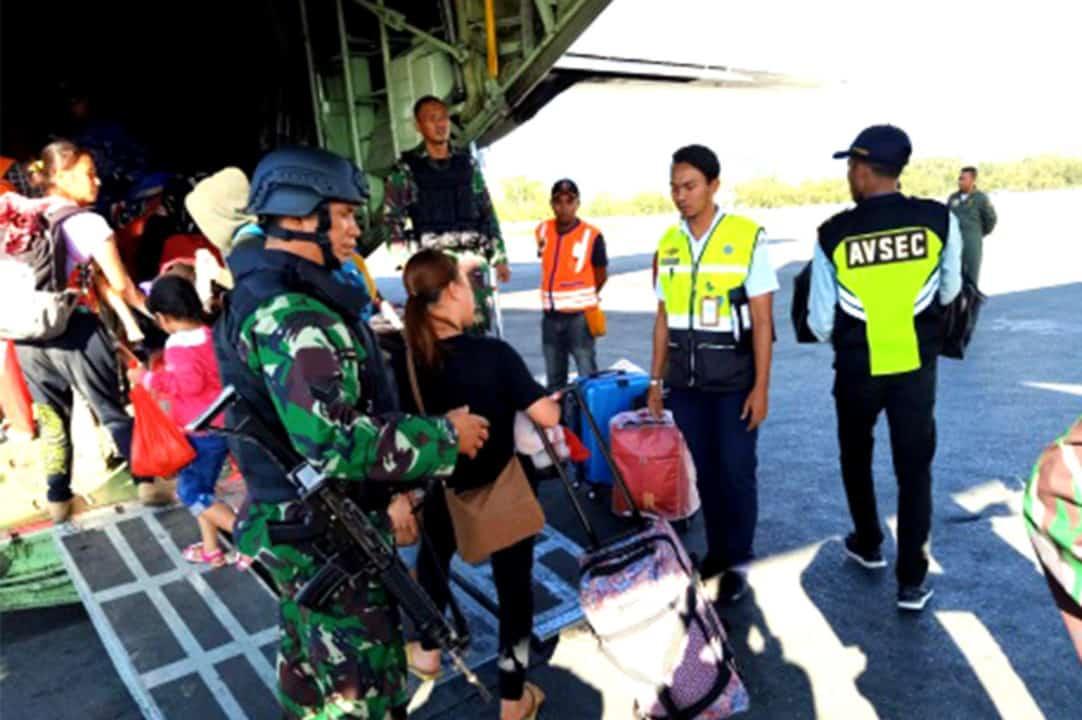 Satgas Pamrahwan Yonko 462 Paskhas Pos Wamena Amankan Evakuasi