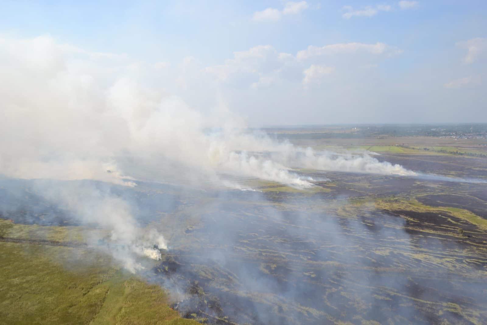 Pangkalan TNI AU Sjamsudin Noor Dukung Kegiatan Water Boombing di Kalimantan Selatan