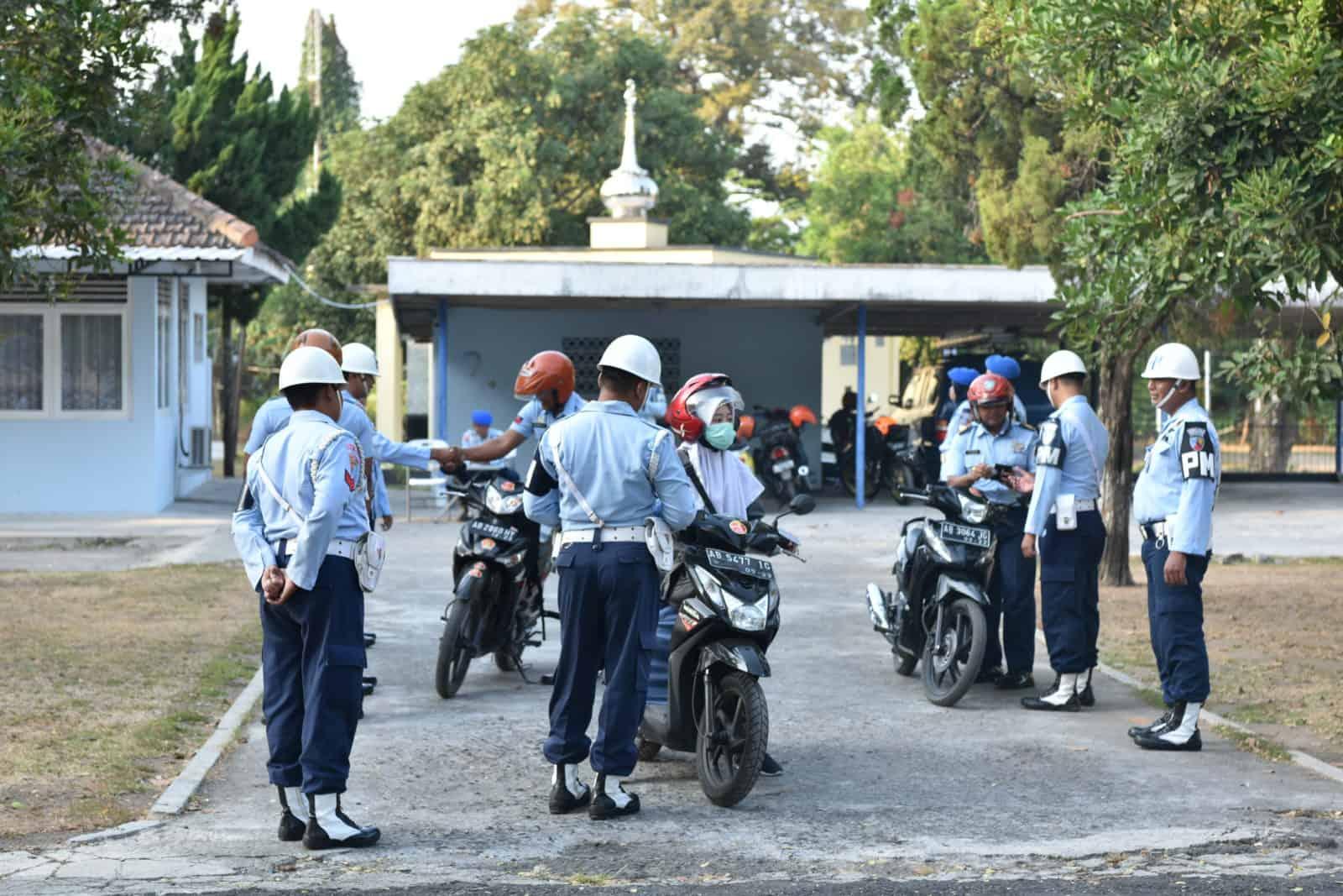 Tingkatkan Disiplin berkendara, Satpom Lanud Adisutjipto gelar Opsgaktib
