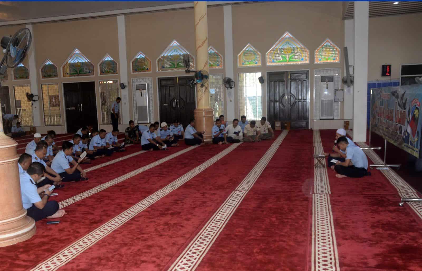 Lanud Sjamsudin Noor Doa Bersama Peringati Tahun Baru Hijriyah (1 Muharram 1441 H/2019 M)