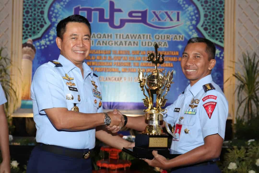 Wakasau Tutup MTQ XXI TNI AU Tahun 2019