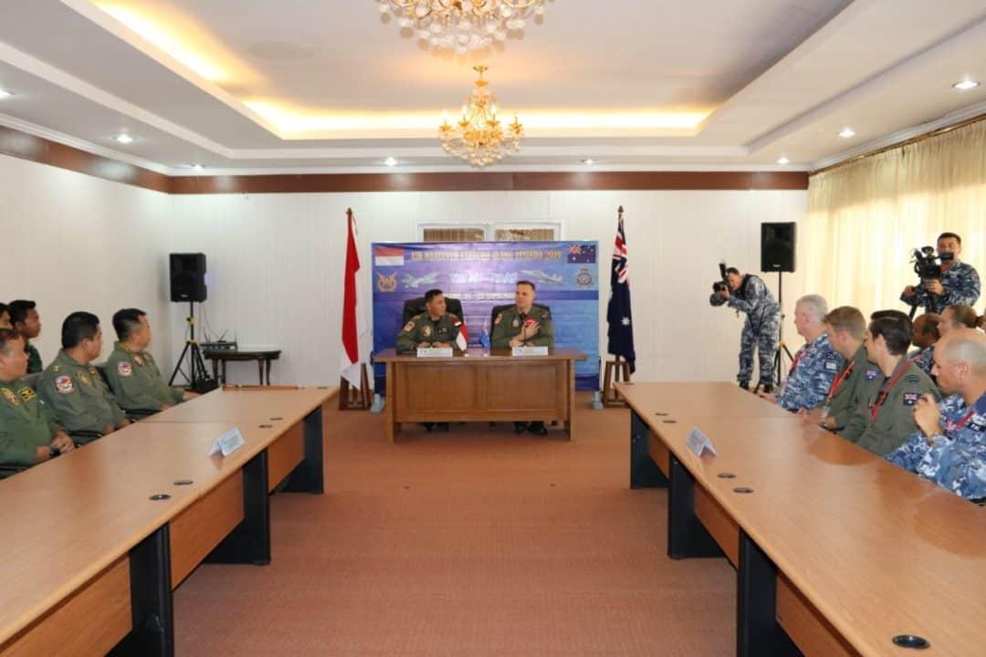 Komandan Wing 6 Buka Latihan Bersamama Elang Ausindo 2019 di Lanud Sam Ratulangi Manado