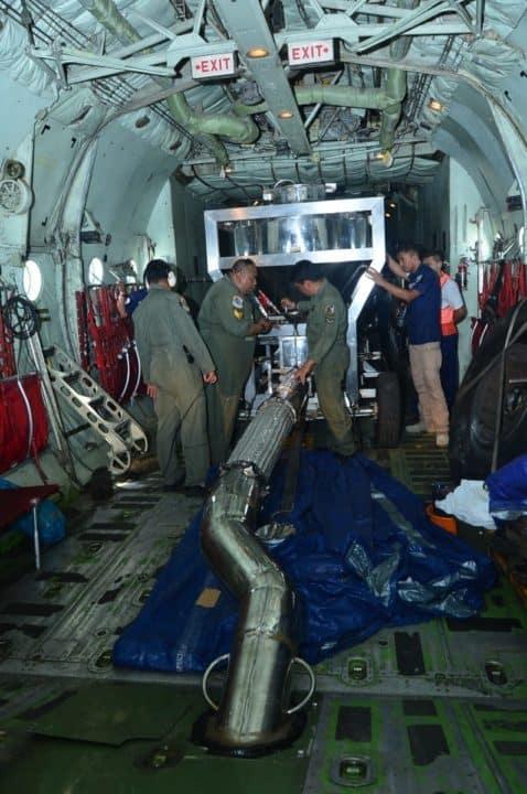 C130 Hercules TNI AU Tabur 2,4 Ton Garam di Riau