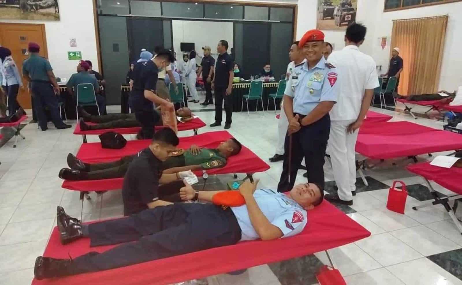 Yonko 469 Paskhas Donor Darah bersama Gabungan TNI Kota Medan