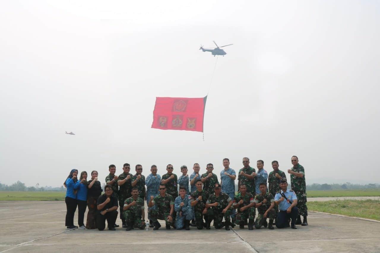 "Catatan Tinta Emas Sejarah ""Giant Flag Underslung"" Pertama Di Bumi Pertiwi Indonesia"