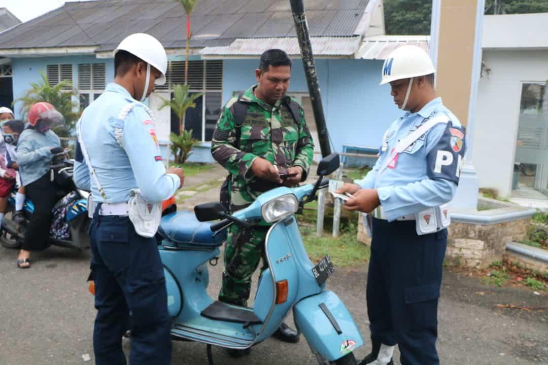 OPERASI GAKTIB PEKAN DISIPLIN DALAM RANGKA PERINGATAN KE-74 HUT TNI DI LANUD SULTAN ISKANDAR MUDA