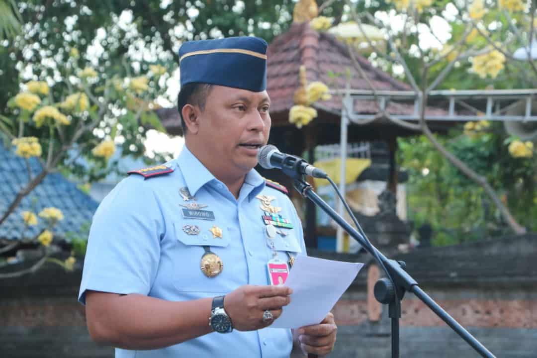 KOMANDAN LANUD I GUSTI NGURAH RAI PIMPIN UPACARA PERINGATAN HARI OLAHRAGA NASIONAL TAHUN 2019