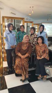 Pelatihan Beauty Class PIA Ardhya Garini Ranting 04-2/G.I Disopslatau