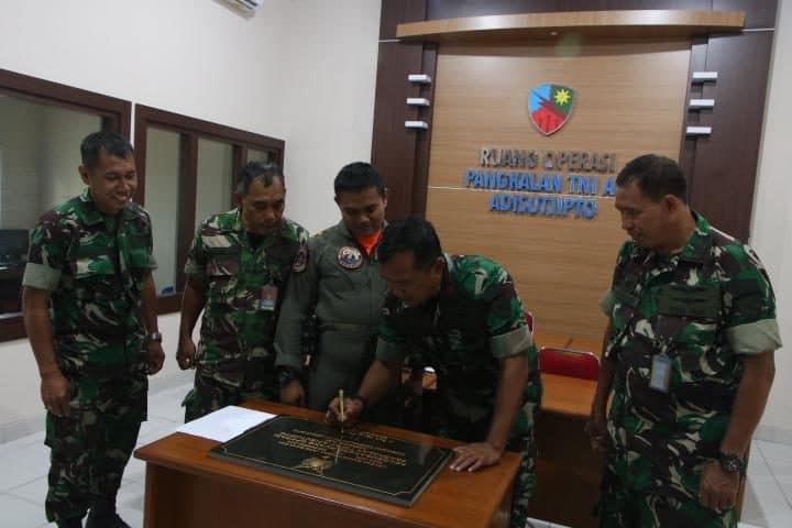 Danlanud Adisutjipto Resmikan Renovasi Kantor Ruang Operasi