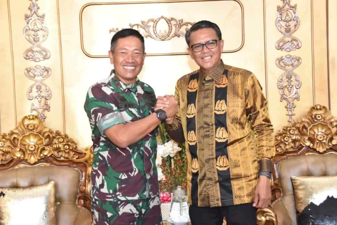 Kunjungan Silahturahmi Pangkoopsau II kepada Gubernur Sulawesi Selatan
