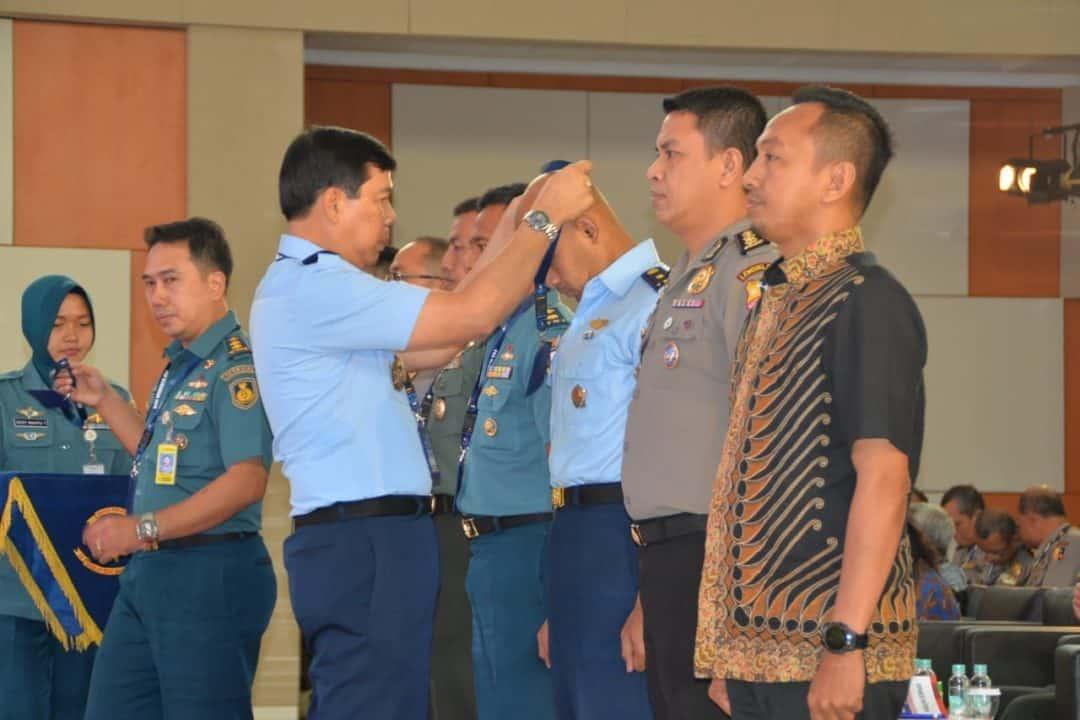 OPTIMALISASI PERAN TNI-POLRI PASIS SESKOAU A-56 IKUTI PKB JUANG DI SESKOAL