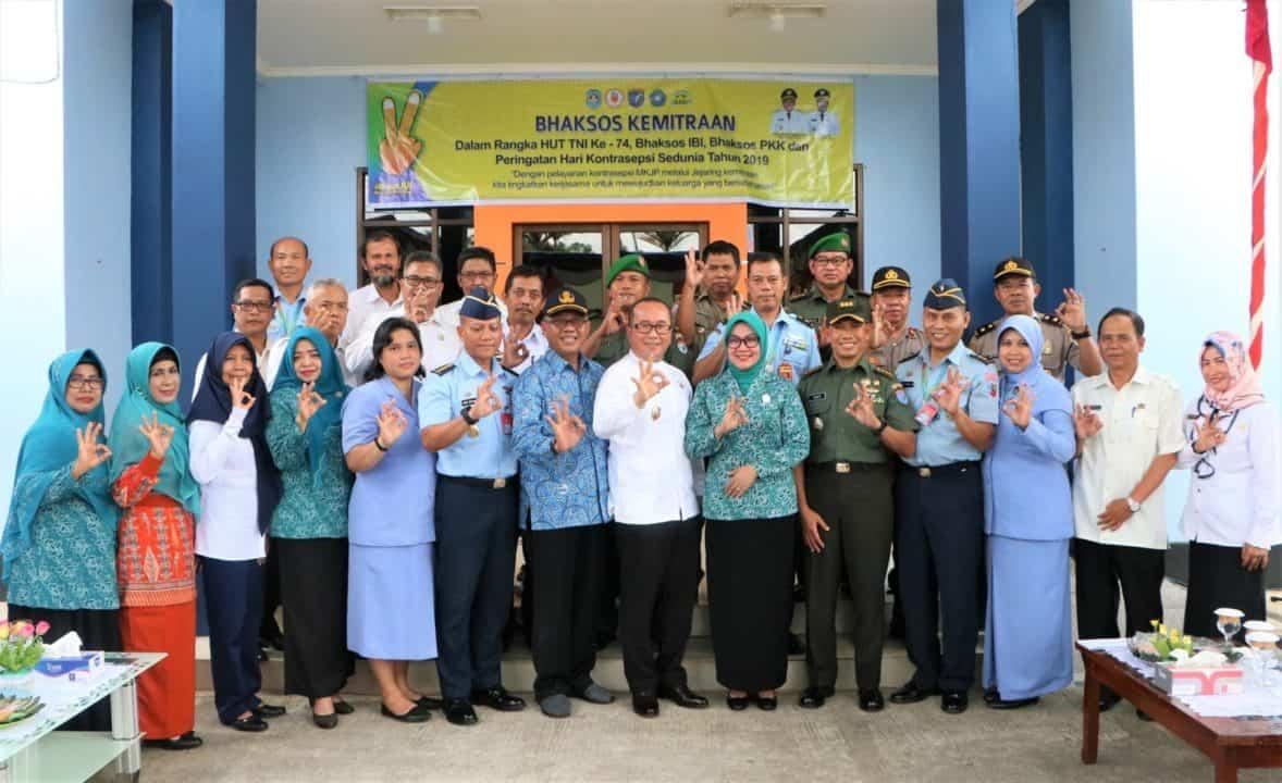Baksos Kemitraan HUT Ke-74 TNI di RSAU dr. Mohammad Sutomo Lanud Supadio
