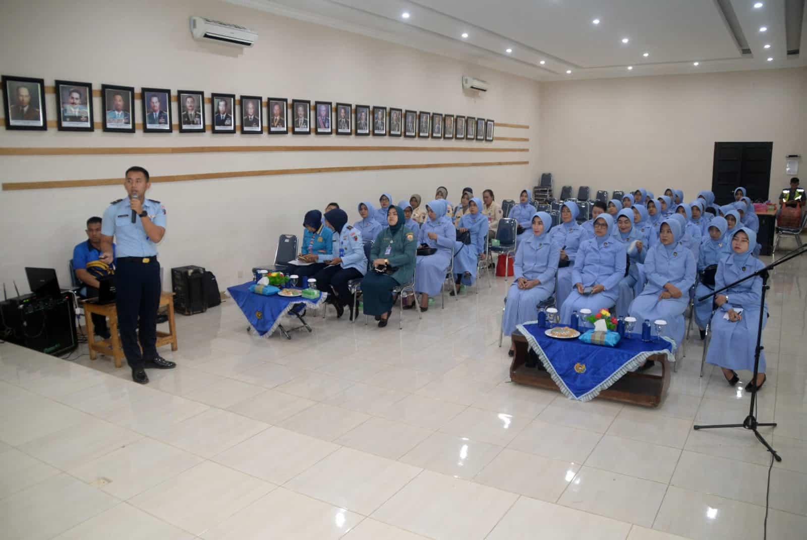 PIA AG Cab.11/D.II Lanud Sjamsudin Noor Gelar Sosialisasi Bahaya Narkoba dan HIV/AIDS Memperingati HUT PIA AG ke-63 Tahun 2019