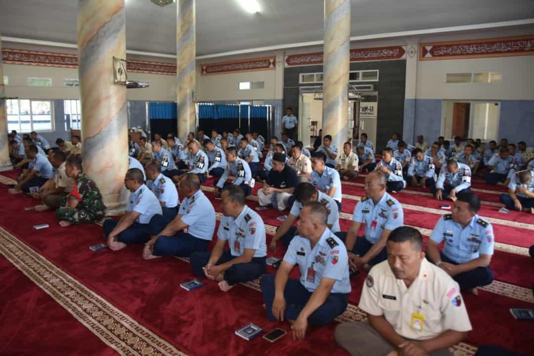 Lanud Husein Sastranegara Adakan Syukuran dan Doa Bersama HUT TNI ke 74