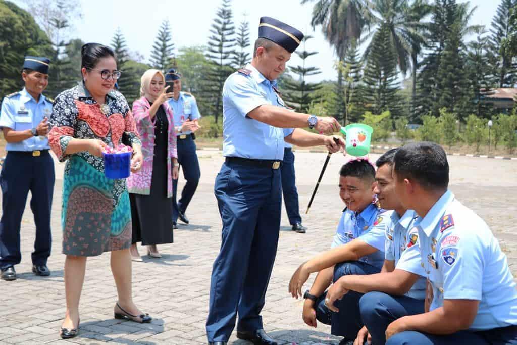 Upacara Kenaikan Pangkat Personel TNI AU Lanud Abd Saleh