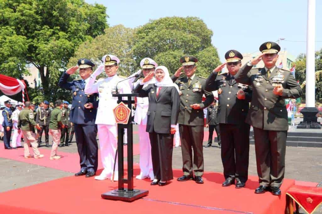 Personel Lanud Abd Saleh dan Insub Ikuti Upacara HUT TNI ke-74 di Surabaya