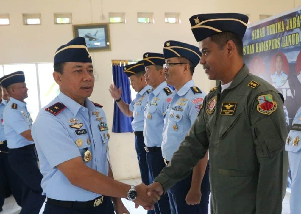 Danlanud Atang Sendjaja Menerima Laporan Kenaikan Pangkat 9 Perwira
