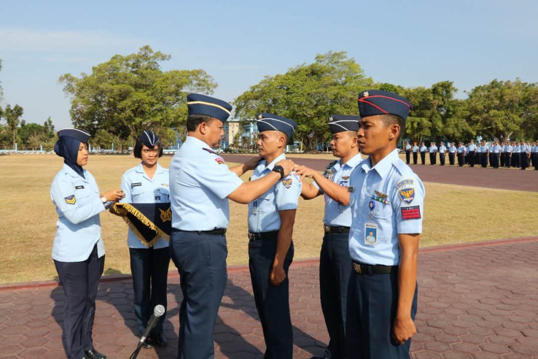 38 Personel AAU Naik Pangkat