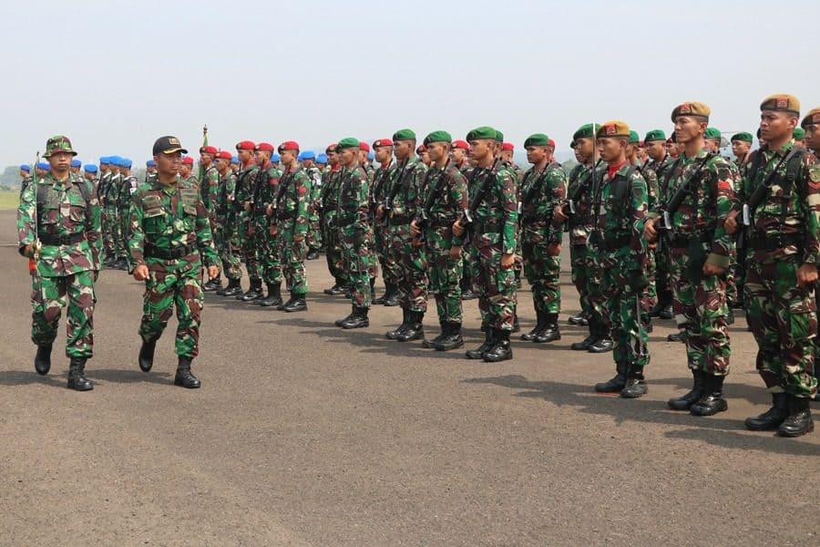 Persiapan Sambut HUT TNI Ke-74, Lanud Atang Sendjaja Gelar Gladi Upacara