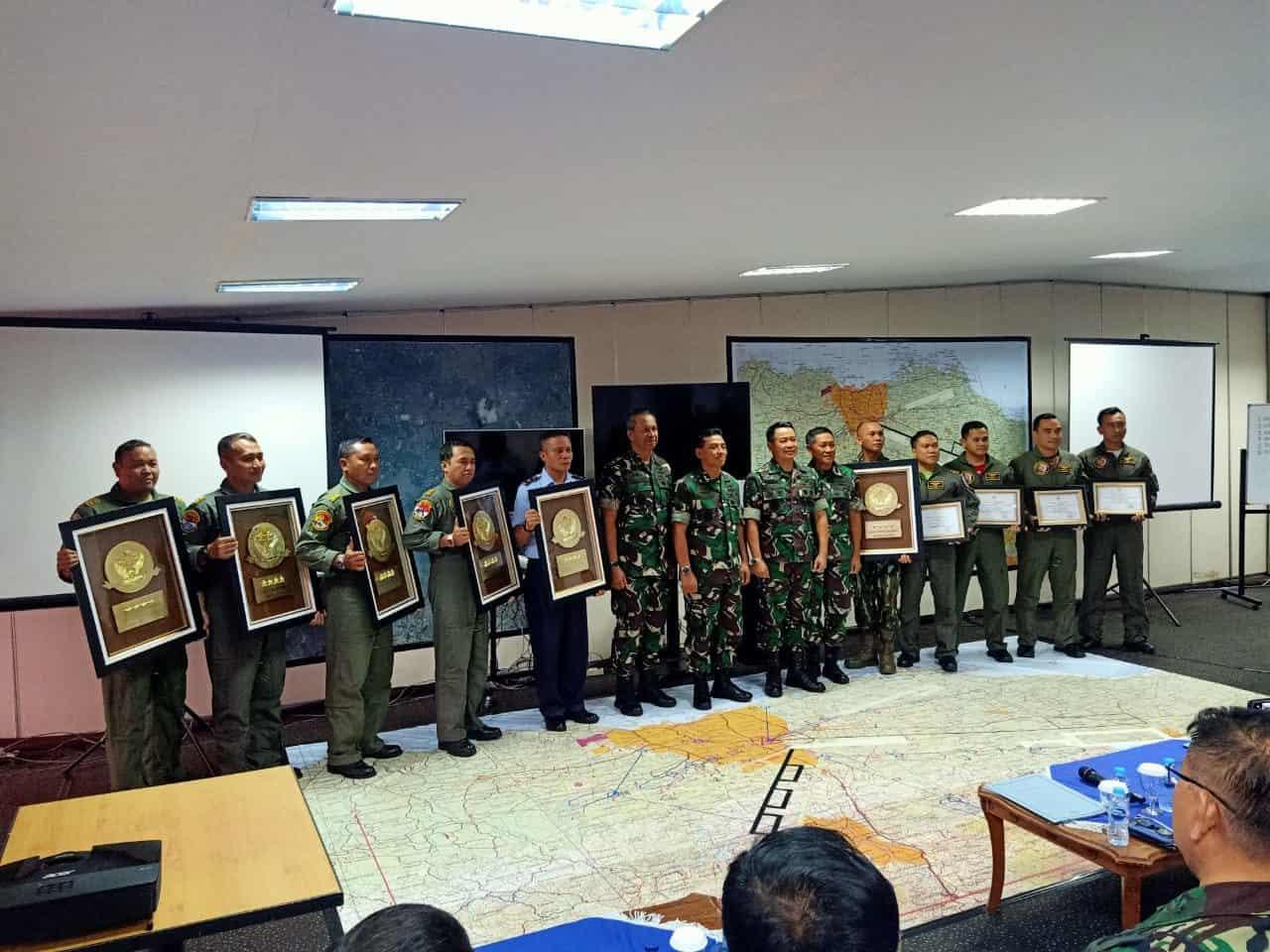 Skadron Udara 6 Lanud Atang Sendjaja Raih Penghargaan Sebagai Satuan Heli Terbaik Angkasa Yudha 2019
