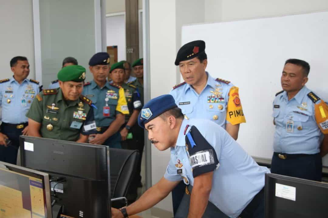 DANSESKO TNI TINJAU PELAKSANAAN PKB OPSGAB SESKO TNI DAN ANGKATAN DI SESKOAU