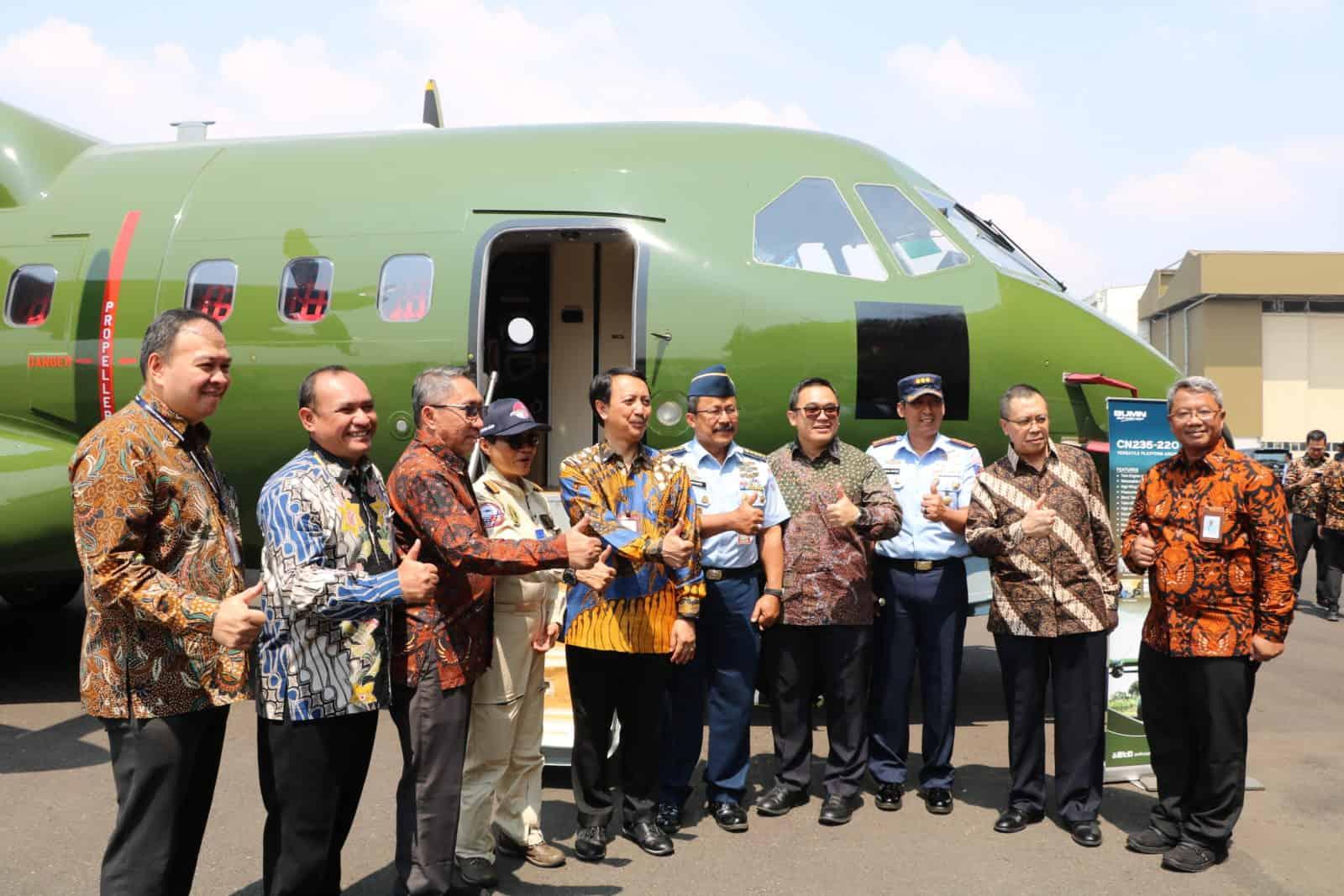 Danlanud Husein S Hadiri Penyerahan Pesawat CN235 Pesanan Tentara Nepal