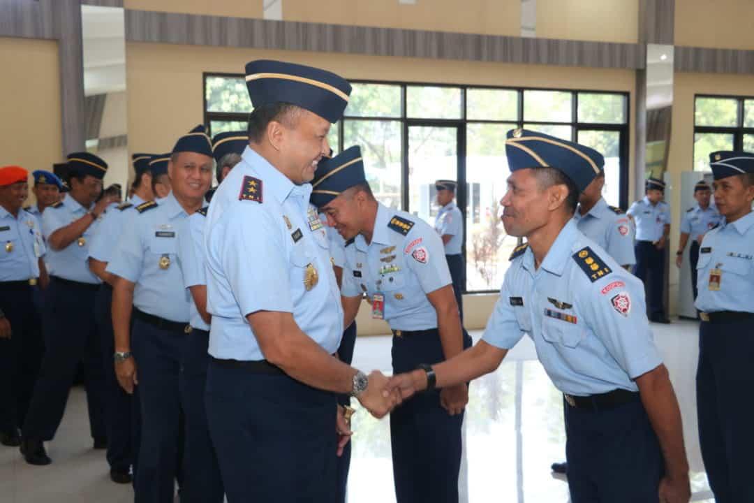 20 Personel Makoopsau I Mendapatkan Kenaikan Pangkat