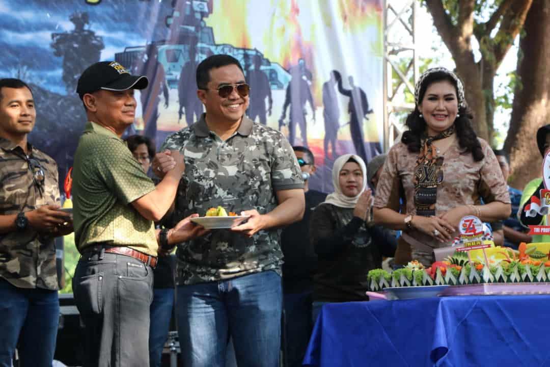 TNI Polri Joget bareng di Panggung Prajurit Lanud Iswahjudi