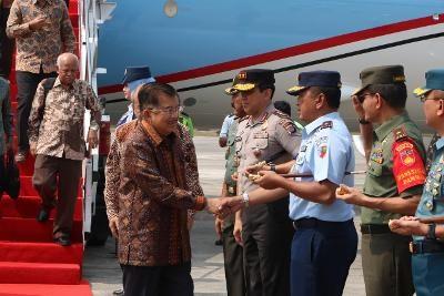 Danlanud Adisutjipto Sambut Kedatangan Wakil Presiden RI ke Yogyakarta