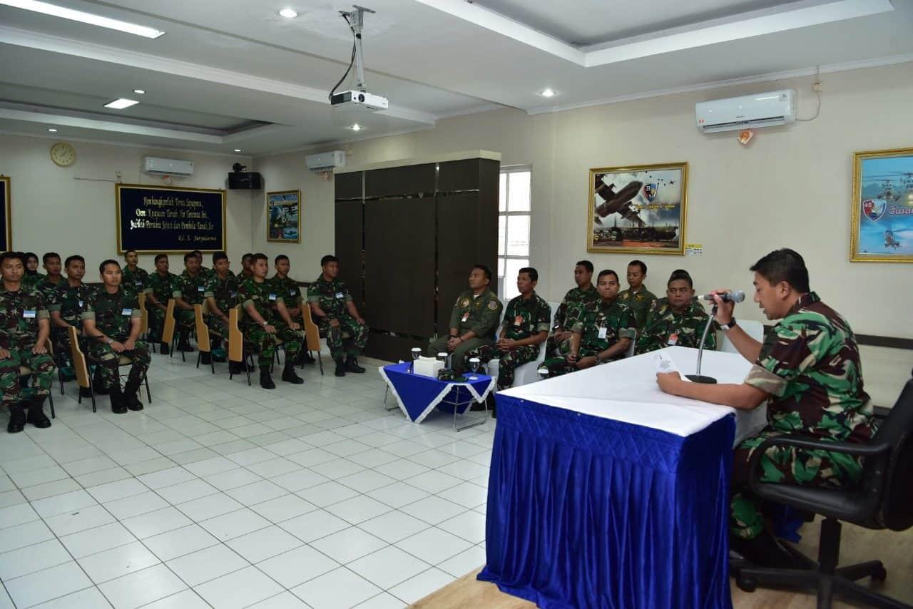 Danwing Udara I Lanud Halim P. Buka Pelatihan CRM Angkatan ke-32