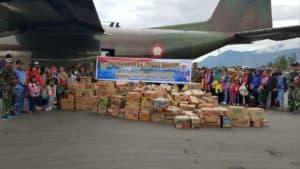 14 Ton Bansos dari RI 1 dan Kasau diberangkatkan ke Wamena.
