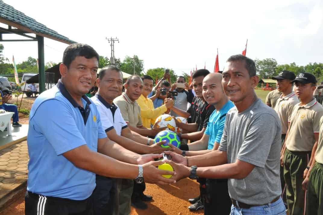Danlanud RHF Hadiri Pembukaan Turnamen Olahraga HUT ke-74 TNI di Korem 033/WP