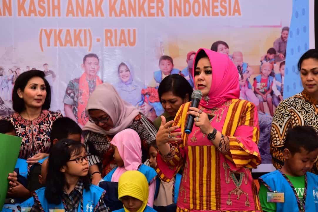 Pia Ardhya Garini santuni YKAKI Pekanbaru