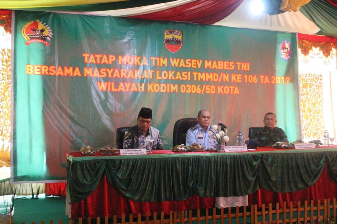 Kegiatan Tim Pengawasan dan Evaluasi Pelaksanaan TMMD di Kabupaten Lima Puluh Kota, Sumbar.