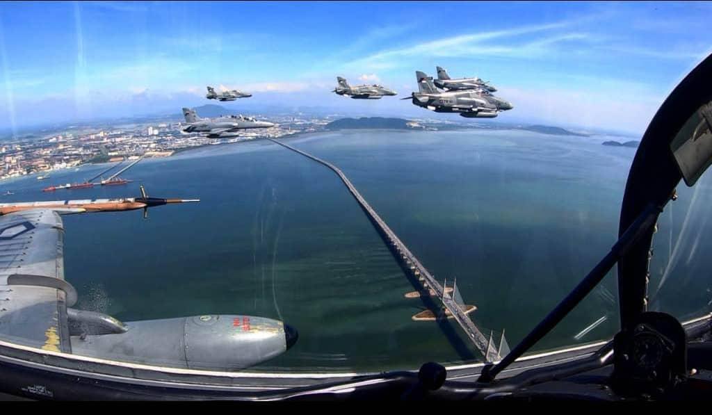 Aksi Seru Duel Udara TNI AU – TUDM